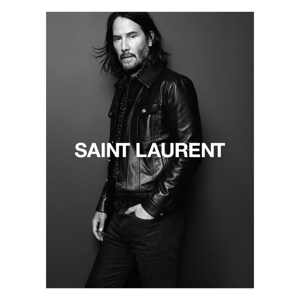 Що за момент да бъдеш Киану Рийвс през 2019-та. Не всеки ден Антъни Вакарело те избира за лице на есенната кампания на Saint Laurent. Кадрите представляват черно-бял разказ, заснет от Дейвид Симс, кралят на модните портрети, под арт директурата на самия Вакарело.
