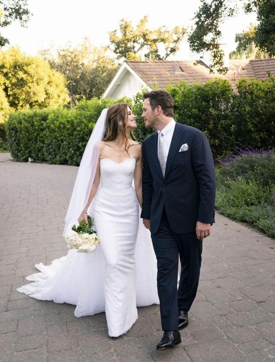 Крис Прат и  Катрин Шварценегер По-малко от година след като се срещнаха, актьорът и дъщерята на Арнолд Шварценегер вече са съпруг и съпруга, казвайки си ДА на интимна церемония.
