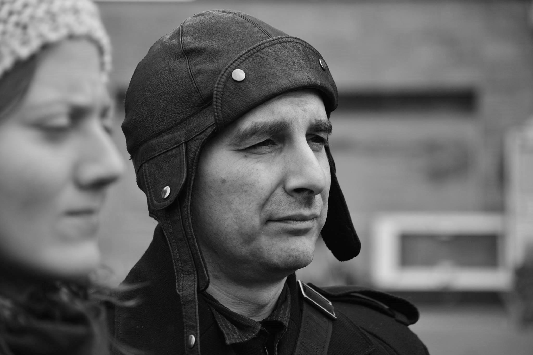 Петър Волгин, журналист: V.S. Какви са отличителните белези на добрия стил? П.В. Различността. Във всичко. Най-вече в мисленето.