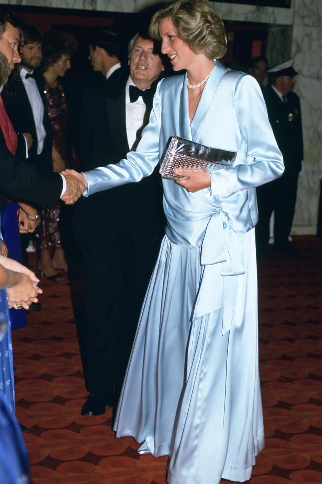 Принцеса Даяна, бременна с принц Хари, в Лондон на 11 юни 1984 г.