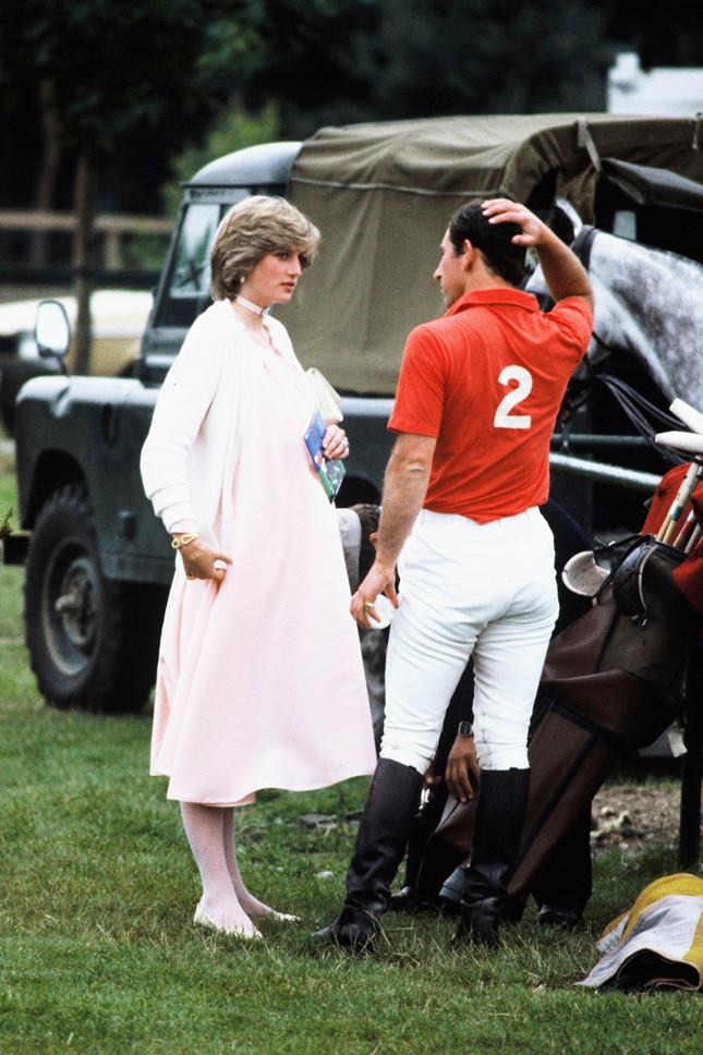 Принцеса Даяна, бременна с принц Уилям, в Уиндзор през юни 1982 г.