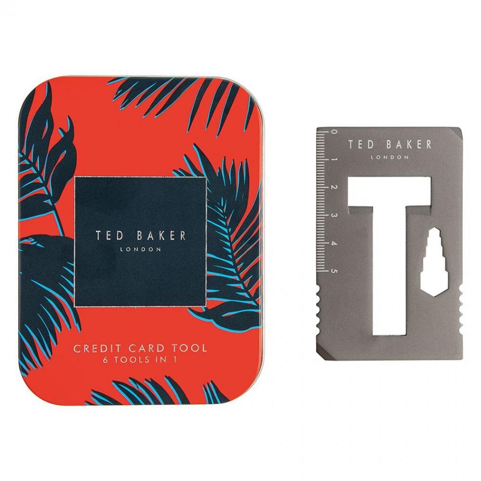 """Мултифункционален инструмент """"Кредитна карта"""" Ted Baker, който има цели шест приложения: линийка, белачка за кабели, отварачка за бутилки, малка плоска отвертка, голяма плоска отвертка, шестограмни ключове. Цена: в момента намален на 25,42 лв."""