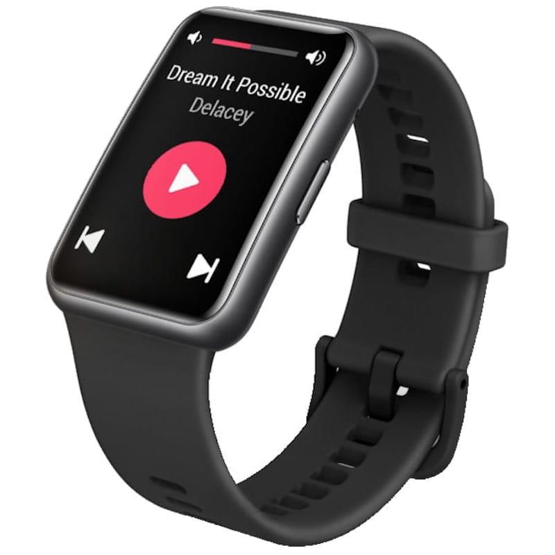 Часовникът винаги е прекрасен подарък за мъж, още повече, когато е новият HUAWEI WATCH FIT. Той идва с 1,64 - инчов дисплей, HD резолюция, силиконова каишка и множество функции. А батерията издържа цели 10 дни! Цена: 199 лв.