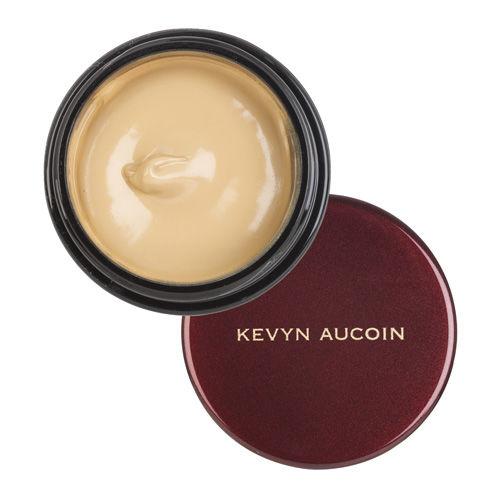 Покривен крем за несъвършенства Kevyn Aucoin, от 61лв. на 55лв.