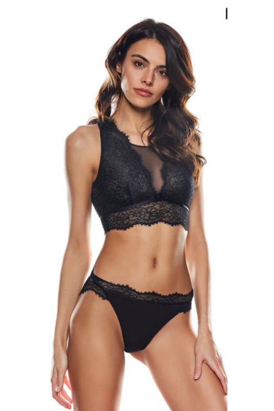 """Бюстие """"LEONA"""", 64,99лв. Изработено изцяло от секси черна дантела с отворен гръб, бюстието Leona е подходящо за гардероба на всяка изкусителка, а по-смелите дами биха дръзнали да го използват и като част от цялостния си аутфит."""