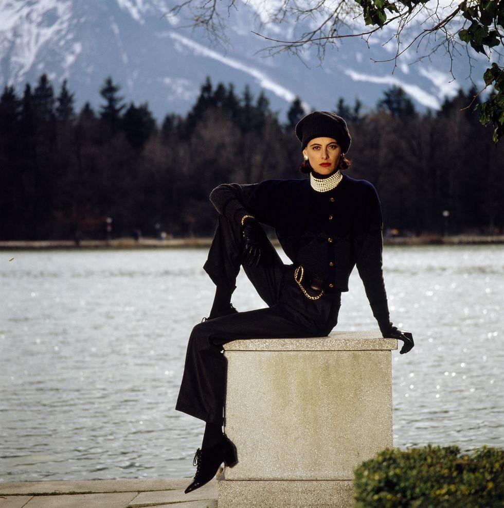 Есен 1988, Инес де ла Фресанж