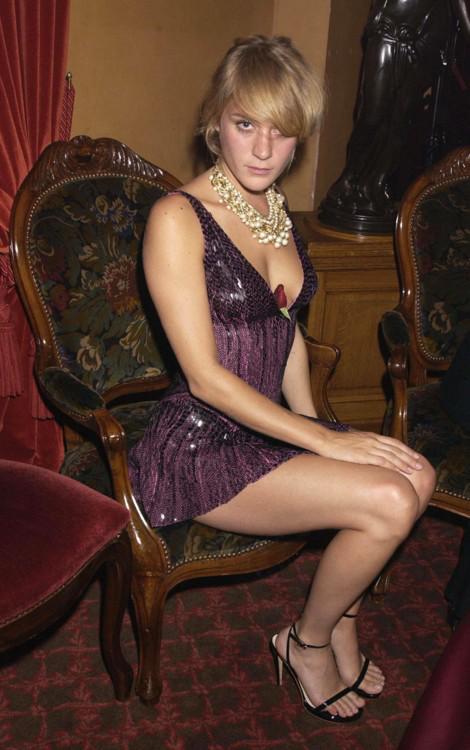 Клои Севини, 2003