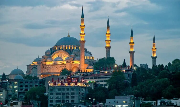 Централна джамия на Истанбул