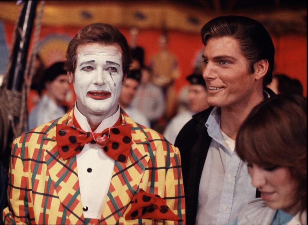 "Роджър Мур по време на снимките на филма ""Октопод"", 1983г"