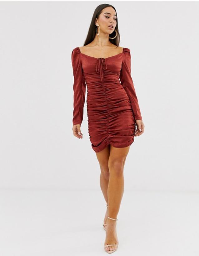 Сатенена рокля с набор Club L London от ASOS, от 125лв. на 76лв.
