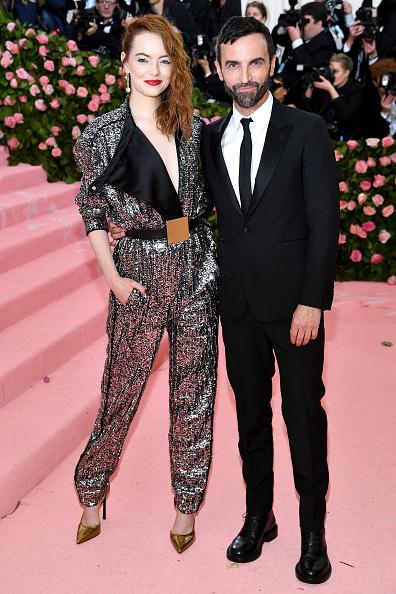 Ема Стоун и Никола Гасие на Louis Vuitton