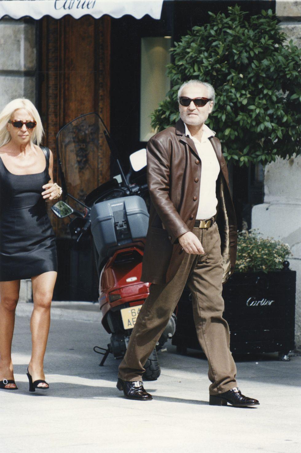 1996 година, Париж