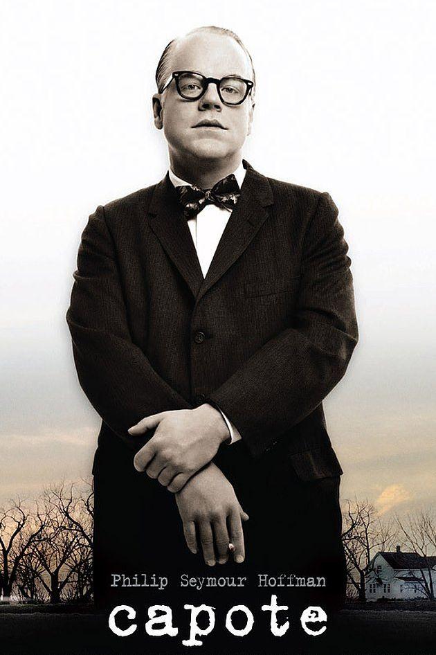 """""""Капоти"""" (2005) Велика игра на Филип Сиймур Хофман, която му носи награда """"Оскар"""" за най-добра мъжка роля. Филмът е за част от живота на Труман Капоти – легендарния американски журналист и писател, автор на """"Закуска в """"Тифани"""""""" и редица други криминални романи. Лентата се фокусира върху работата на Капоти върху """"Хладнокръвно"""" - история за жестоко четворно убийство в щата Канзас в края на 50-те години. Интересното в случая е, че за написването на тази книга Капоти работи съвместно с Харпър Ли – авторката на """"Да убиеш присмехулник"""" - която му помага при събирането на информация за убийството."""