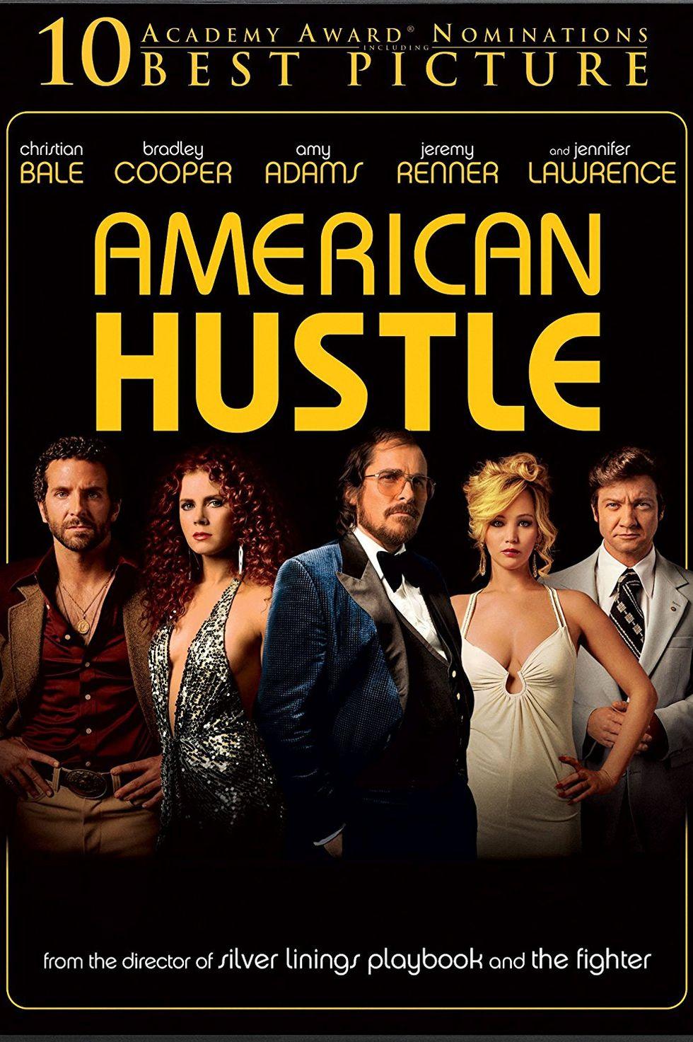 """""""Американска схема"""" (2013) Лентата е вдъхновена на операцията на ФБР – ABSCAM от края на 70-те и началото на 80-те години. Ървинг Розенфелд (Крисчън Бейл) и Сидни Проусър (Ейми Адамс) са умели измамници и партньори в редица престъпления в Ню Джърси. ФБР агентът Ричи Димазо (Брадли Купър) обаче успява да ги залови. Както и в """"Хвани ме, ако можеш"""", има сделка на полицията с мафиотите и двамата се оказват ценни помощници в очистването на източния щат от крупни престъпници."""