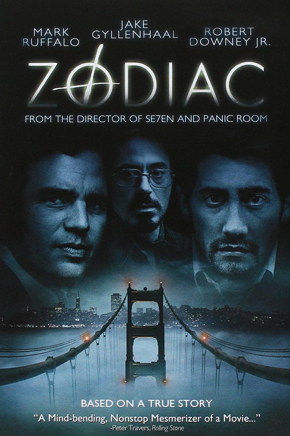 """""""Зодиак"""" (2007) Наистина смразяваща история за разследването на действията на сериен убиец в Сан Франциско през 60-те и 70-те години на миналия век. Във филма участват Марк Ръфало, Антъни Едуардс, Робърт Дауни Джуниър и Джейк Джилънхол."""