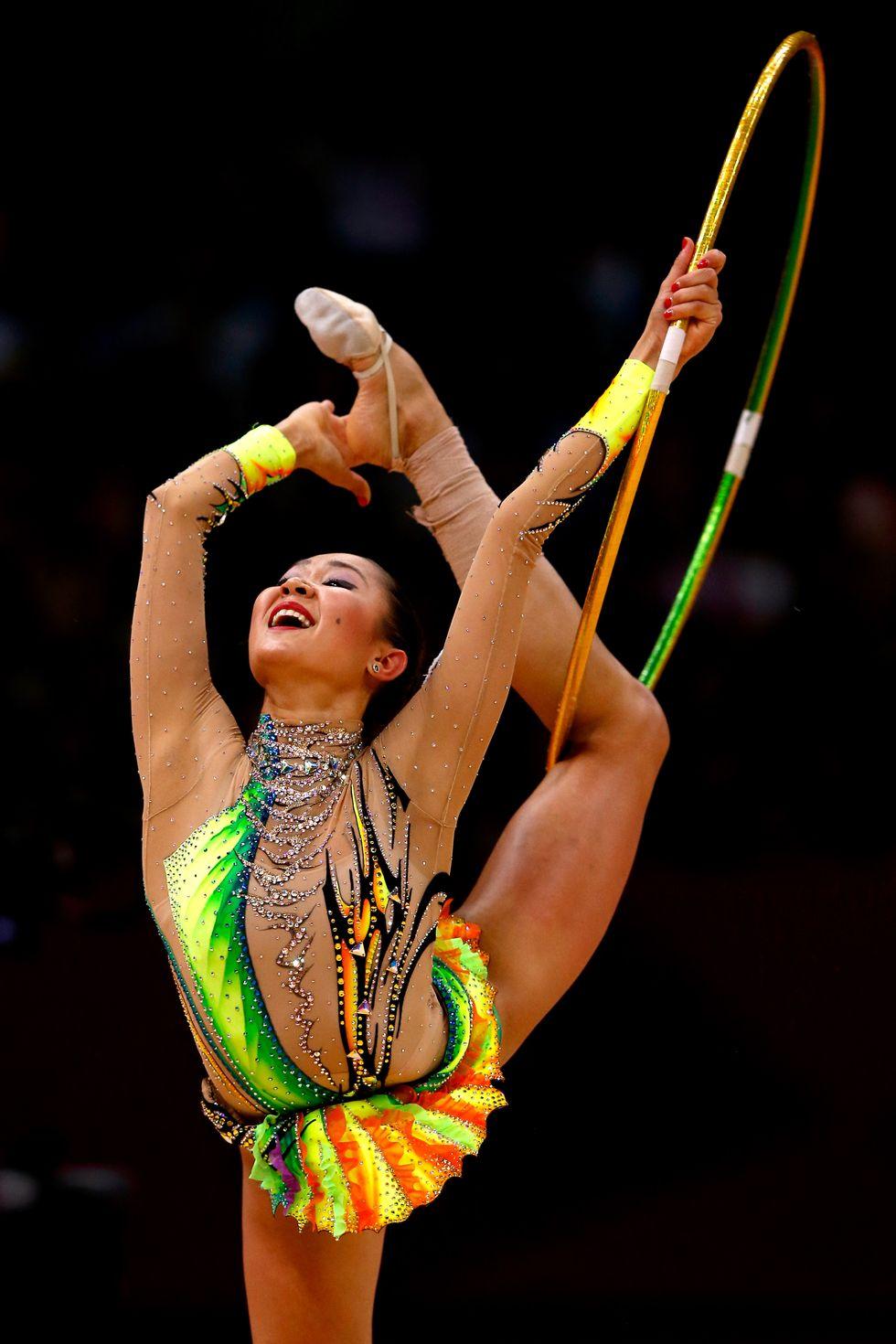 2012: Алия Гарайева Художествената гимнастика е известна с блясъка си и не по-различно нещо показва състезателката на Азербайджан на многобоя в Лондон.