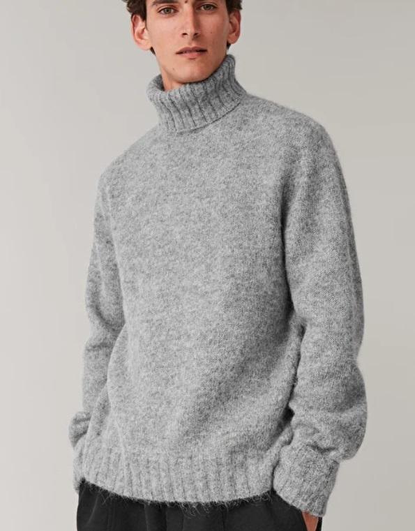 Пуловер Cos 182лв.