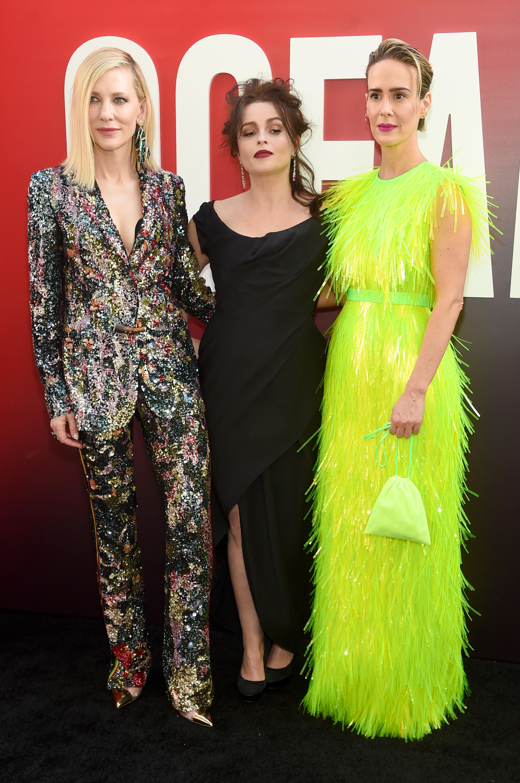 Кейт Бланшет в Missoni,Хелена Бонъм Картър в Vivienne Westwood иСара Полсън в Prada