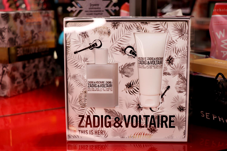 Zadig & Voltaire комплект, от 145лв. на 108,75лв. This is HER! This is IT, ако искате да зарадвате най-добра приятелка/майка/сестра или просто себе си тази Коледа - а защо не и без повод?
