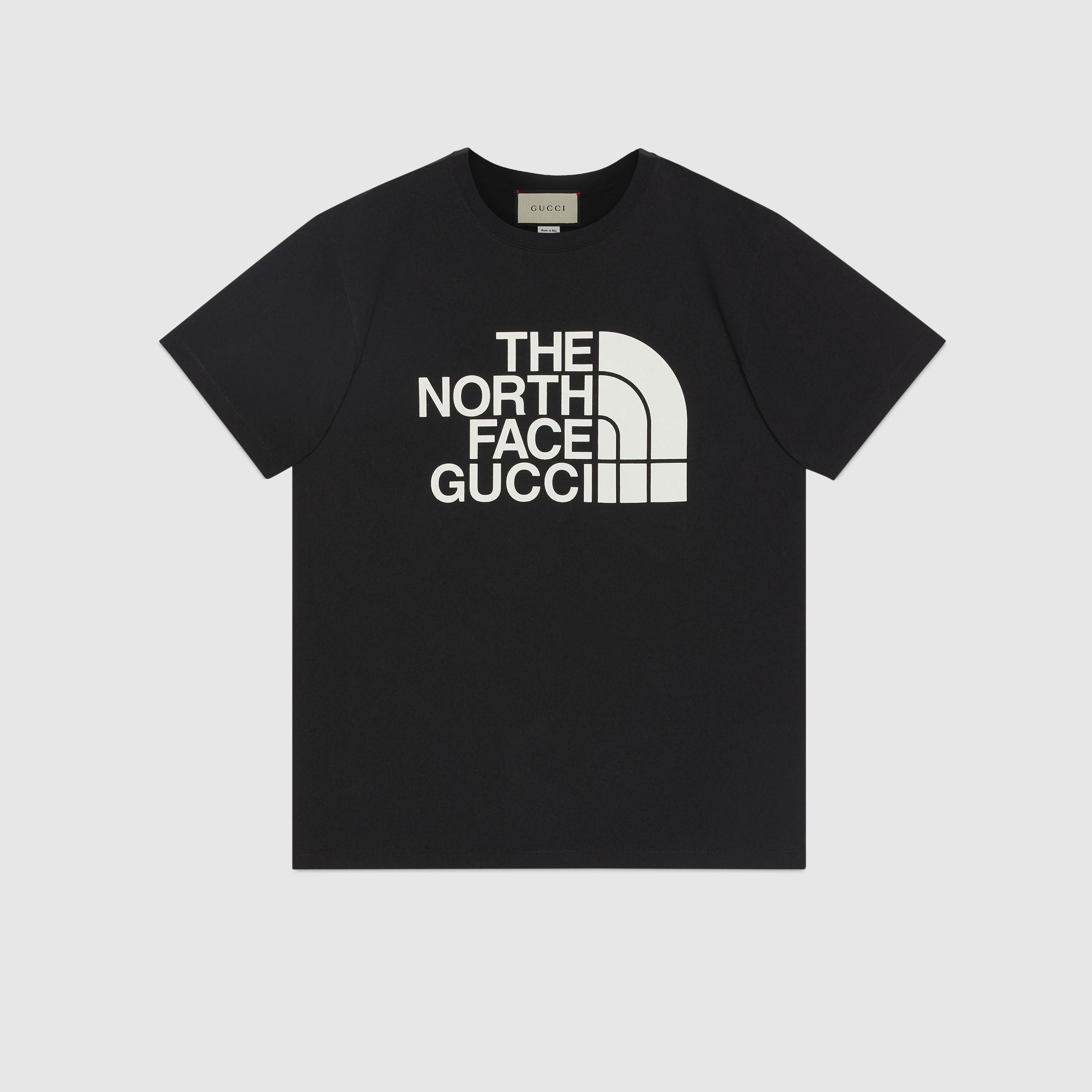 Тениска от колаборацията на North Face и Gucci също е сред находките от сутринта, неочаквано не е изчерпана и на официалния сайт на Gucci,1 041 лв