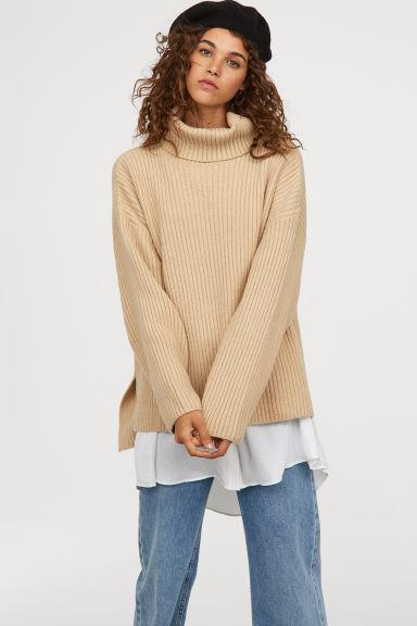 Пуловер H&M от 75 лв. на 37.5 лв.