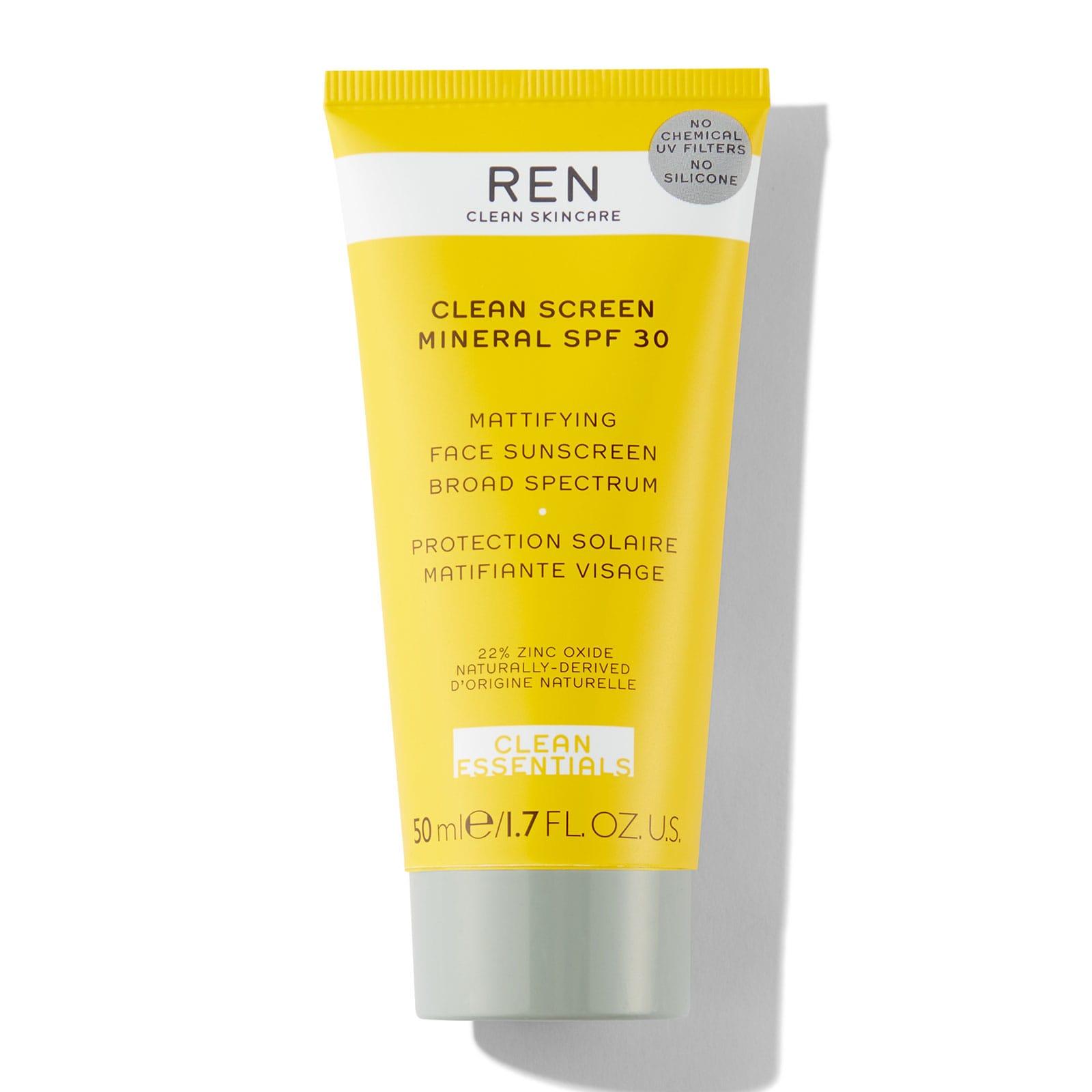 REN Clean Screen Mineral SPF30 50ml 59 лв. С високата заявка за най-чистата SPF формула, минералният крем на REN предпазва кожата от преждевременно остаряване, стимулирайки я сама да произвежда антиоксиданти.