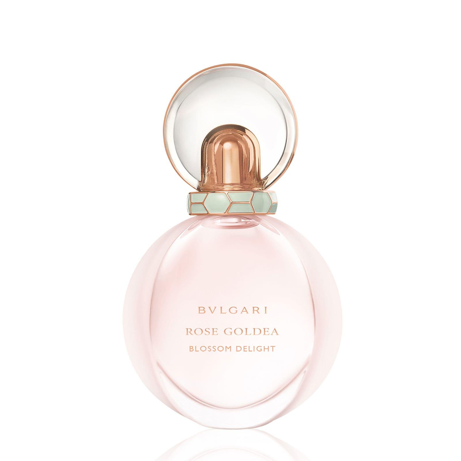 Bvlgari Rose Goldea Blossom Delight Eau de Parfum 141 лв. Почитателите на розовите аромати ще останат очаровани и от това предложение, този път от Bvlgari. Основата е класическа с роза дамасцена, но отгоре са наслоени и други нотки като жасмин и мускус.