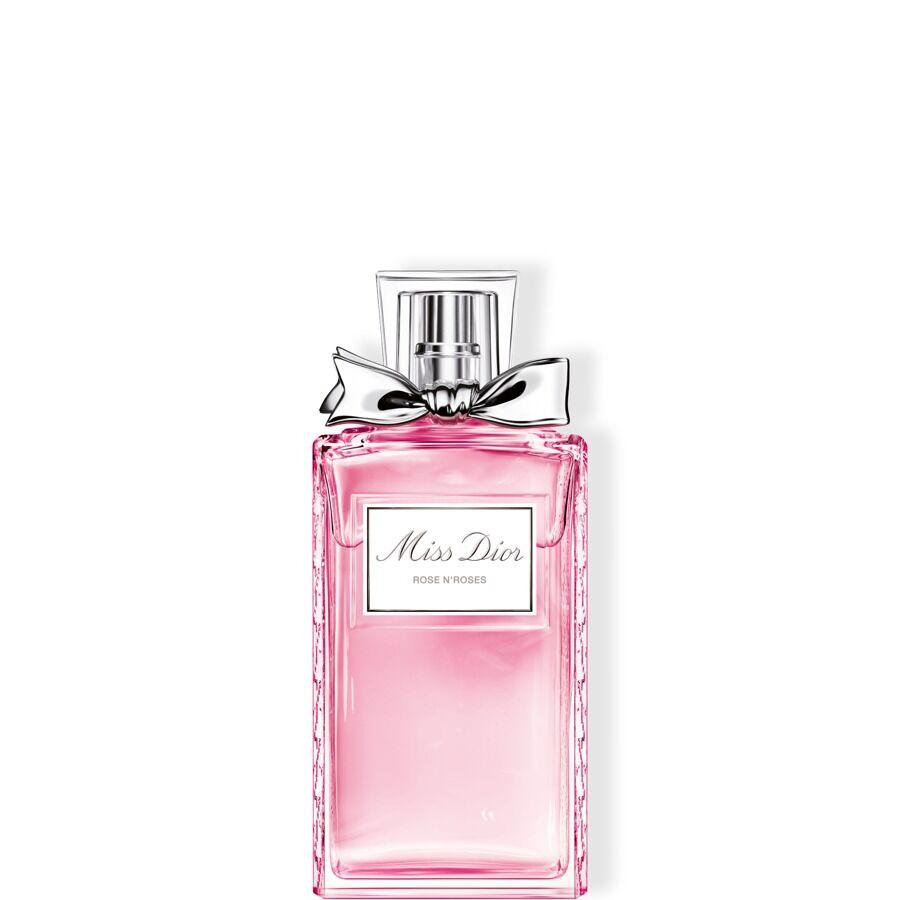 MISS DIOR ROSE N'ROSES Eau de Toilette 157 лв. Най-новото допълнение към линията Miss Dior е все така сладко и опияняващо. В сърцето на аромата е разложена розата дамасцена, към която са добавени още нотки на бял мускус и мандарина за истински завладяващо усещане.