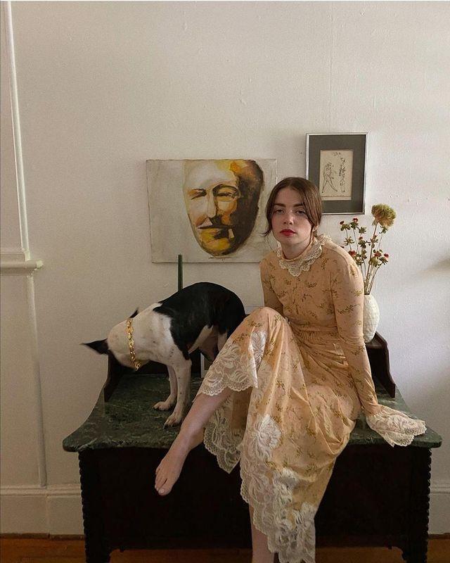 Моли в рокля Paco Rabanne