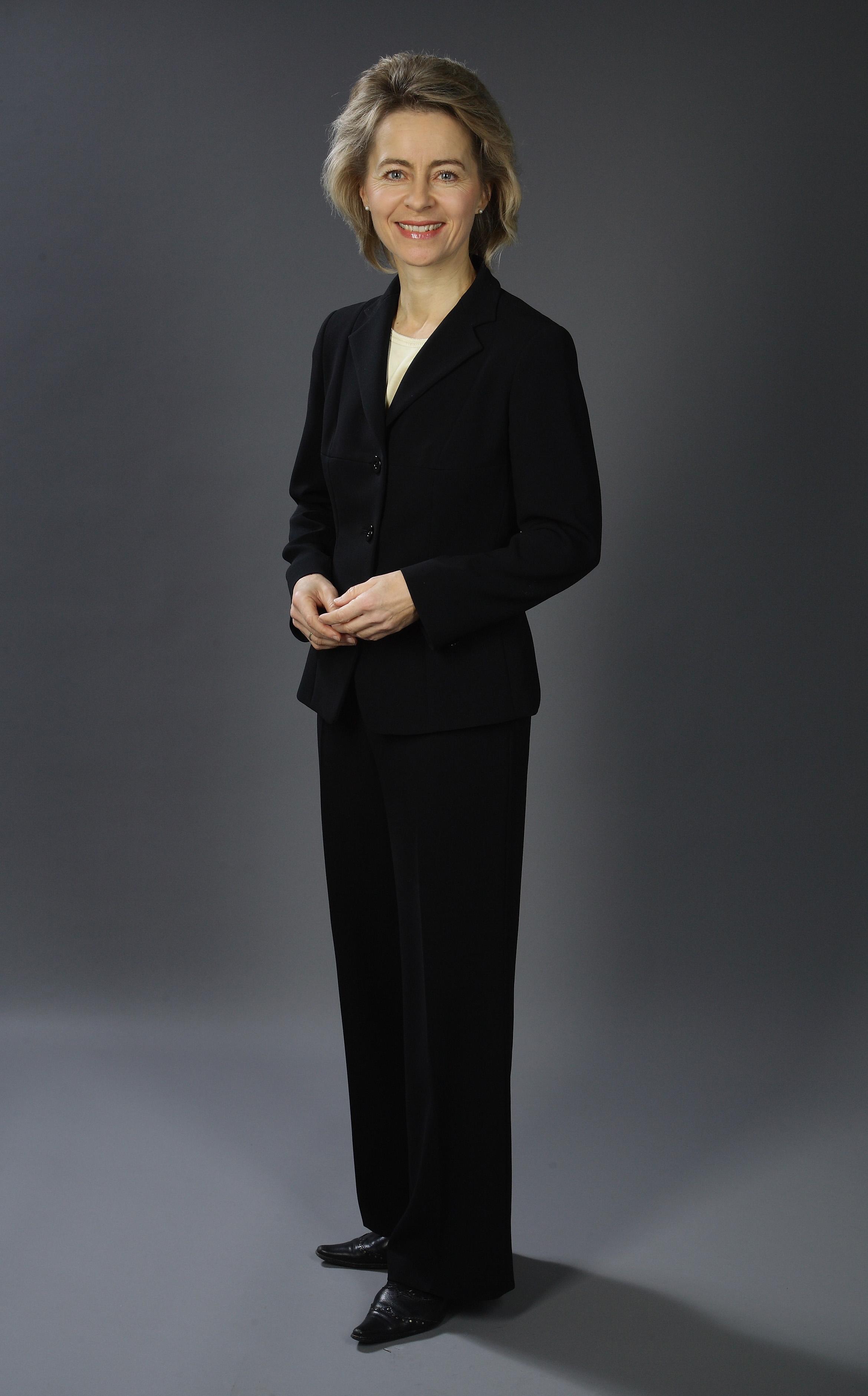 декември 2008-ма
